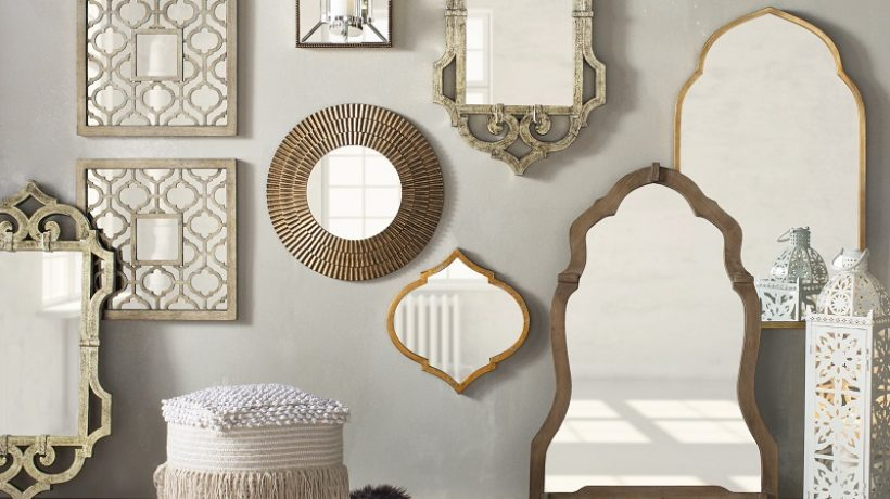 How to decorate a wall with mirrors?