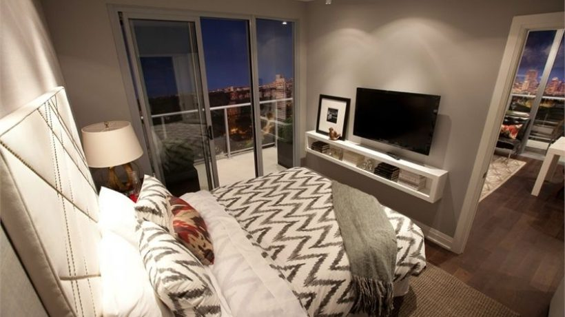 Where to put tv in small bedroom?